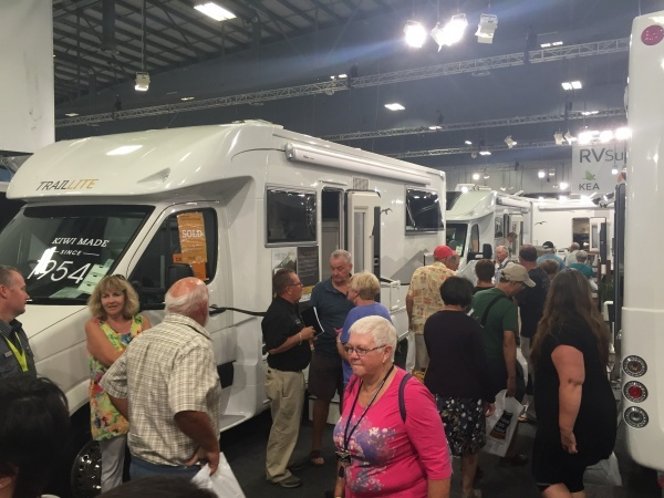 Buying tips for the Covi Motorhome and Caravan Show