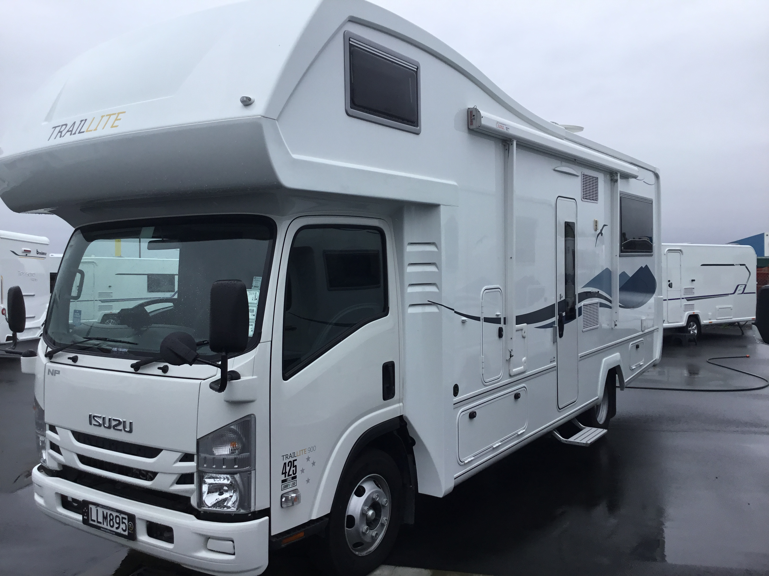 Maintaining your motorhome and caravan- what are the yearly maintenance requirements